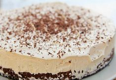 Baileys & Chocolate Cheesecake Recipe. This cheesecake is truly a passion to consume...  #baileysirishcream #butter #creamcheese #darkchocolate #digestivebiscuits #icingsugar