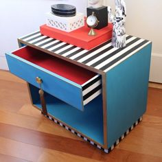 Give a new look to a sidetable!