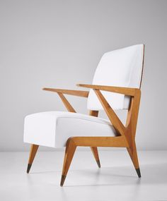 Modern Chairs Has Been Collecting The Best Types Of Chairs. It Started With  The Best 50 Dining Chairs And Now, The Best 50 White Armchair Trends.