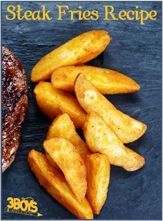 Delicious Oven Baked Steak Fries Recipe can make your next dinner much more healthy!  These fries can be paired with beef or chicken and dipped in any sauce you prefer! YUM!