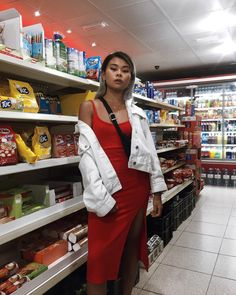 Out here tryna fit in with the snacks Sassy Diva, Summer Outfits, Cute Outfits, Dress Skirt, Personal Style, Fashion Photography, Street Wear, Street Style, Style Inspiration