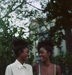 Stunning Portraits Of Black Twins Prove There's Nothing Quite As Beautiful As Sisterhood by Miranda Barnes Black Twins, Black Girls, Black Couples, Cute Couples, Lesbian Couples, Black Love, Black Is Beautiful, Beautiful People, Lgbt