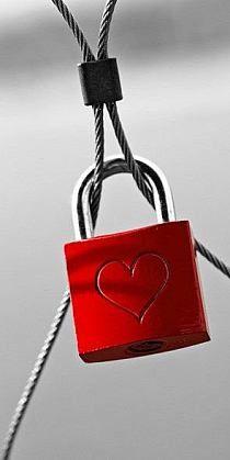 red # lock of love I Love Heart, Happy Heart, My Heart, Color Splash, Color Pop, Yoga Studio Design, Love Lock, Shades Of Red, Be My Valentine