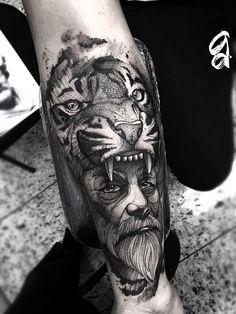 Gustavo Abreu, tatuagem blackwork e pontilhismo Lion Head Tattoos, Cool Forearm Tattoos, Boy Tattoos, Sleeve Tattoos, Tattoos For Guys, Blackwork, Predator Tattoo, Calf Sleeve, Graffiti