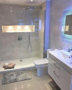 40 inspiring basement bathroom remodel ideas on a budget and for small space 21 Bathroom Design Luxury, Modern Bathroom Design, Apartment Bathroom Design, Modern Bathrooms, Ideas For Small Bathrooms, Modern Toilet Design, Modern Luxury Bathroom, Small Bathroom Interior, Luxurious Bathrooms