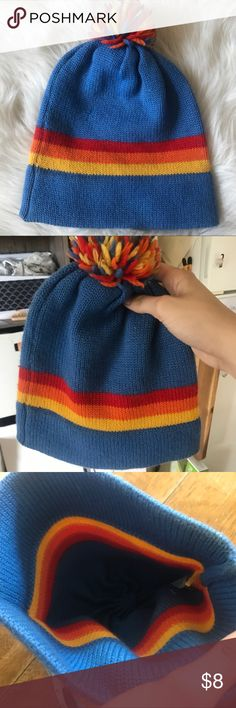 70s Wool Vintage Pom Pom Beanie Great for winter . Gently used , please see pics. Length including Pom Pom : 12 inches. Width : 9.5 inches laying flat. It stretches. Vintage Accessories Hats