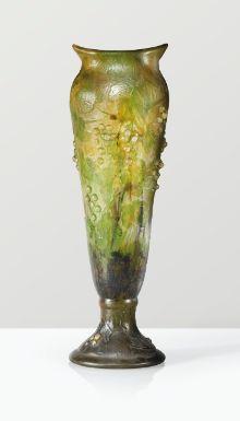 daum vase, vers 1910 | object | sotheby's pf1434lot72xd8es