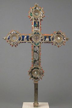 siglo 14 cruz relicario italiano..jpg