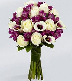 beautiful purple and white bouquet... This in a pink version would be pretty!