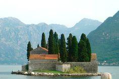 Montenegro - Blaues Meer, hohe Berge, Geschichte und Geschichten, kleine Pensionen, phantastisches Essen und gastfreundliche Menschen - http://www.reisegezwitscher.de/reisetipps-footer/1350-montenegro