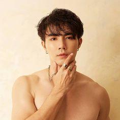 Cute Asian Guys, Asian Boys, Asian Men, Cute Guys, Korean Boys Hot, Cute Gay Couples, Thai Drama, Cute Actors, Asian Actors