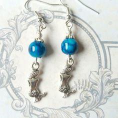 410- boucles d oreilles sirènes et perles bleues