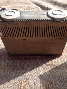 "Vintage Motorola ""Escort"" Portable AM Radio AC DC 4 TUBE Model 52B6 Gold-parts    eBay"