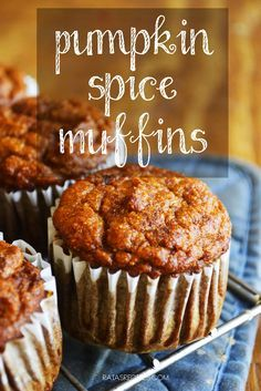 Pumpkin Spice Muffins | grain-free, dairy-free, refined sugar-free | paleo, GAPS friendly | http://RaiasRecipes.com