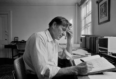 Galway Kinnell, Plain-Spoken Poet, Is Dead at 87 - NYTimes.com