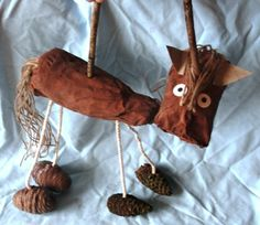 DIY Horse Puppet made from recycled & natural materials. Great for story telling & imaginative play.
