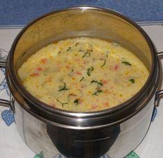 Ciorba cu dovlecei si iaurt Soup Recipes, Dessert Recipes, Cooking Recipes, Healthy Recipes, Good Food, Yummy Food, Tasty, Romanian Food, Soups And Stews