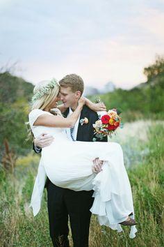 I love her bouquet! Wedding Goals, On Your Wedding Day, Wedding Things, Wedding Couples, Wedding Bride, Dream Wedding, Wedding Photo List, Wedding Photos, Outdoor Wedding Inspiration