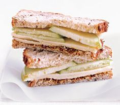 Sanduíche de cheddar com maçã