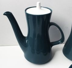English Porcelain - *FULL CERAMIC SET OF POOLE COFFEE-WARE* *FLAWLESS CONDITION* for sale in Cape Town (ID:255908706) Chocolate Pots, Cape Town, Teapots, Kettle, Tea Cups, Conditioner, Porcelain, Pottery, English
