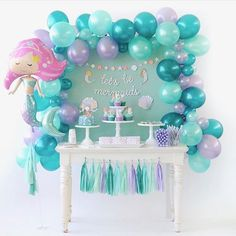 Amazing Ideas for a Beautiful Mermaid Birthday Party! Style a beautiful under the sea birthday with gorgeous mermaid party ideas. These mermaid party food ideas Mermaid Theme Birthday, Little Mermaid Birthday, Birthday Diy, Birthday Table, Cake Birthday, Mermaid Themed Party, Birthday Ideas For Kids, Balloon Birthday, Birthday Parties For Girls