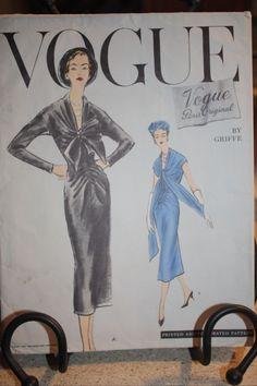 Vogue Paris Original 1376, Griffe
