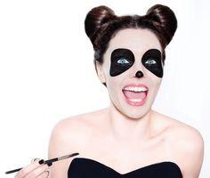 Playful Panda - Amazing Animal Makeup Looks You Can Easily Rock This Halloween - Photos