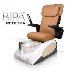 Bipa Spa Pedicure Chair - This sharp and modern pedicure spa is acetone-resistant and includes a protective gel-coating that guards the spa New French Manicure, French Manicure Designs, Spa Chair, Massage Chair, Pedicure Spa, Manicure And Pedicure, Nail Salon Furniture, Spa Pedicure Chairs, Glass Sink