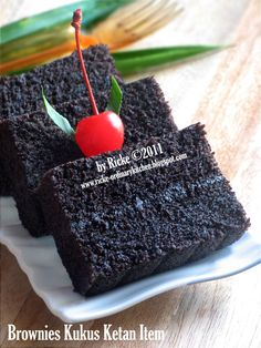 Brownies Kukus Ketan Item (by Ordinary kitchen) Donut Recipes, Cake Recipes, Snack Recipes, Dessert Recipes, Chocolate Desserts, Chocolate Cake, Desserts Caramel, Bolu Cake, Brownies Kukus