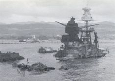 It's Pearl Harbor Day! I am a famous ship, who am I? I am the USS Arizona Since December (Pearl Harbor Day) is coming up real soon, I thou… Pearl Harbor 1941, Pearl Harbor Day, Pearl Harbor Attack, Naval History, Military History, Remember Pearl Harbor, Us Battleships, Historia Universal, Us Navy Ships