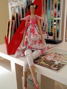 Tilda Doll - Flower Angel - Ange Fleuri 63cm.. €30.00, via Etsy.