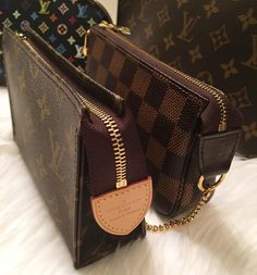 Louis Vuitton Pouch For Make-up. A Handbag for Women To Carry Everyday.