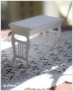 Nukkekoti Väinölä : Pulpettipöytä