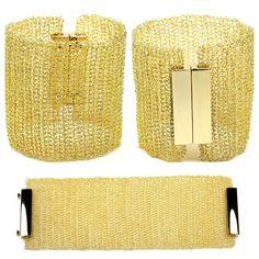 Pulseira Basic em Crochê com fio de ouro de Mon Cher Acessorios.