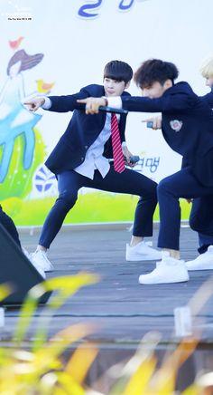 [17.10.2015] Astro Performance - EunWoo e Rocky