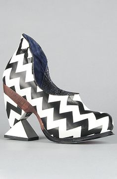 Irregular Choice  The Botoxic Shoe in Black and White
