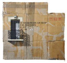 Al paso que va la crisis todos a vivir en cajas de cartón. ;-)  Gran artista!