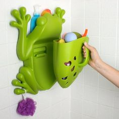 boon inc frog pod bath toy container – green (free of bpa, pvc. swimming frog battery operated pool bath toy wind-up toys for children random Kids Bath Toys, Kids Toys, Baby Water Toys, Bathtub Toy Storage, Bath Storage, Shower Storage, Frog Bathroom, Bathroom Ideas, Kid Bathrooms