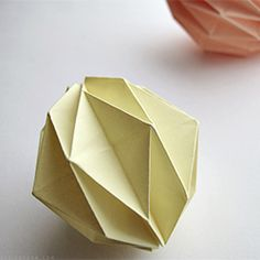 How to make an origami ball.