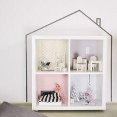 wandfolie-lille-stuba-ikea-puppenhaus-kallax-regal-rosa-grau 1