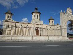 Our visit to Chateau Haut Brion in Bordeaux. http://www.napaandbordeaux.com