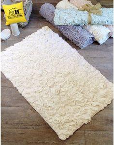 tappeto bagno shabby chic a forma di cuore in colore bianco con un ... - Bagni Shabby Chic