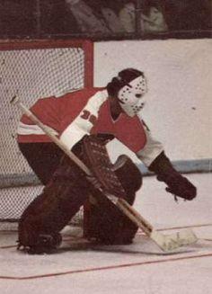 Historical Pictures of the Philadelphia Flyers Flyers Players, Flyers Hockey, Hockey Goalie, Hockey Teams, San Jose Sharks, Vancouver Canucks, Nhl, Premier League, Nascar