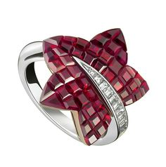 Van Cleef & Arpels Foret ring of Mystery-Set rubies and diamonds (=)