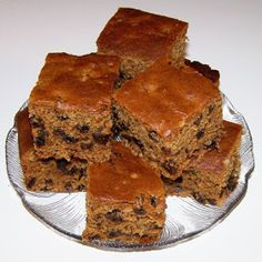 Dads like simple cakes with no fru-fru, so why not serve this old-fashioned cake on Father's Day. - Boiled Raisin Cake Recipe - Desserts at BellaOnline Greek Desserts, Greek Recipes, Just Desserts, Baking Recipes, Cake Recipes, Dessert Recipes, Poor Mans Cake Recipe, Poor Mans Recipes, Boiled Raisin Cake Recipe