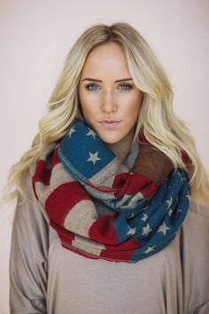 american flag scarf in knit vintage colors #threebirdnest