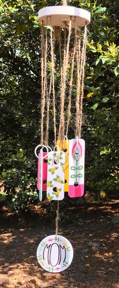 Bring music to Mom's ears with this DIY Xylophone Wind Chimes! Click to create this project yourself.