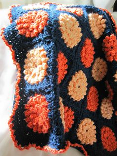 Inspiration: Flower #Crochet Baby Travel Blanket - so pretty! I even love the color combo!