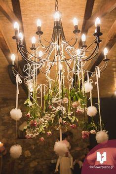 """Στολισμός στο τραπέζι δεξίωσης από το Flower Puzzle.  """"Κάθε event κι ένα αγαπημένο παζλ από λουλούδια!"""" Δείτε περισσότερα στο Gamos Portal!  #weddingflowers Puzzle, Chandelier, Ceiling Lights, Flowers, Home Decor, Puzzles, Candelabra, Decoration Home, Room Decor"""
