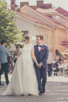 too se more of our lovely wedding photos check out our website http://www.elitestudio.se/brollop/